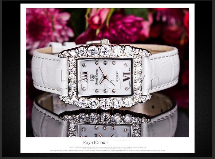 Đồng hồ dây đeo màu trắng tinh khiết và trang nhã