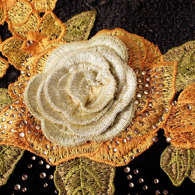 Đầm nhung nữ dài tay dáng ôm thêu hoa hồng QIZ