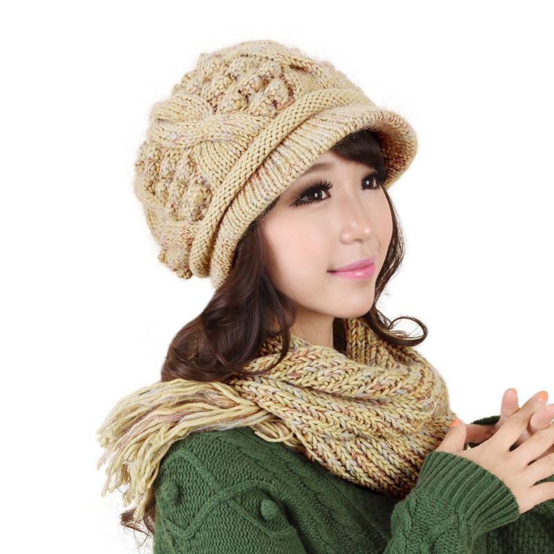 Combo mũ kèm khăn len tua rua Dorain