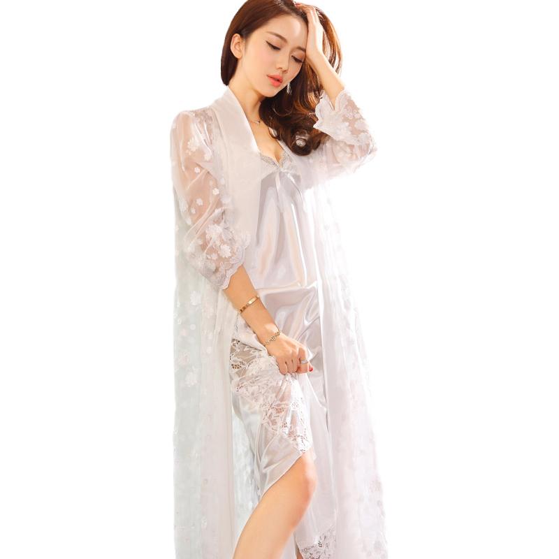 Đầm ngủ maxi thêu hoa xuyên thấu Suzle