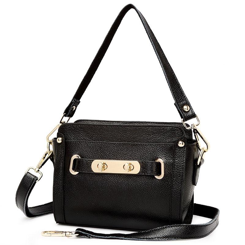 Túi đeo dáng hộp phong cách Milan Heti