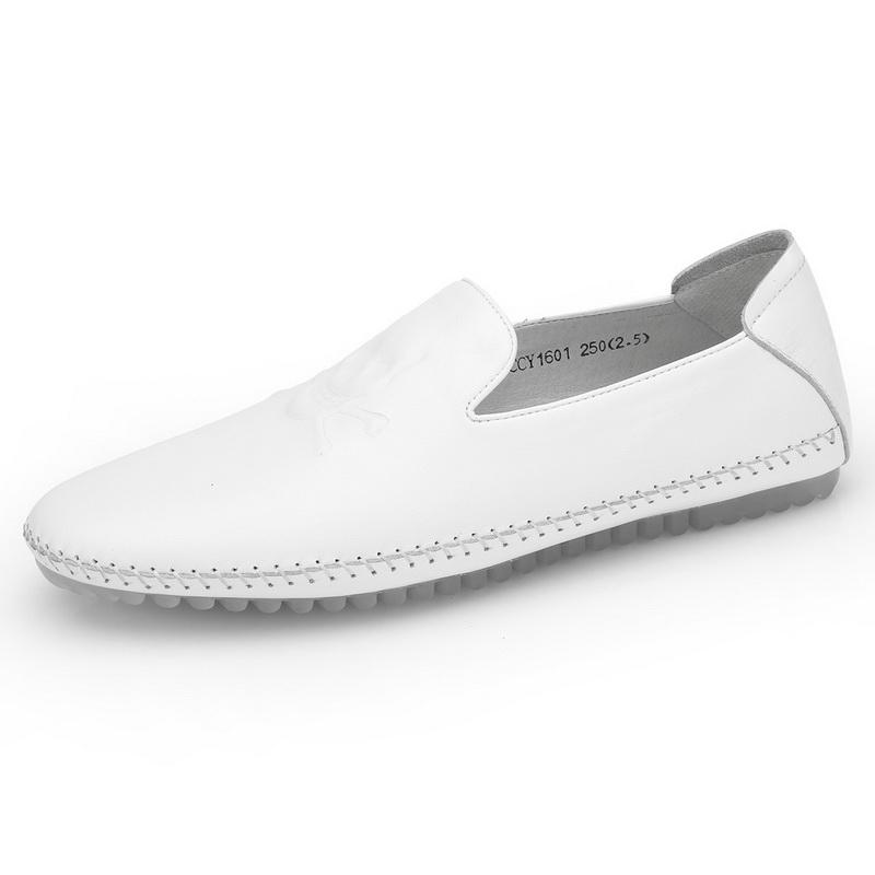 Giày mọi nam Olunpo hình đầu lâu in nổi