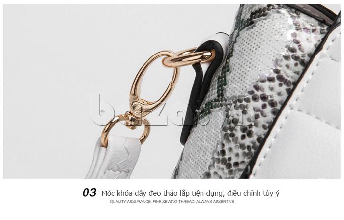Túi nữ da rắn Binnitu có nắp tiện dụng