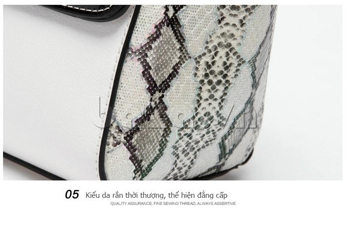 Túi nữ da rắn Binnitu chất liệu khóa cao cấp