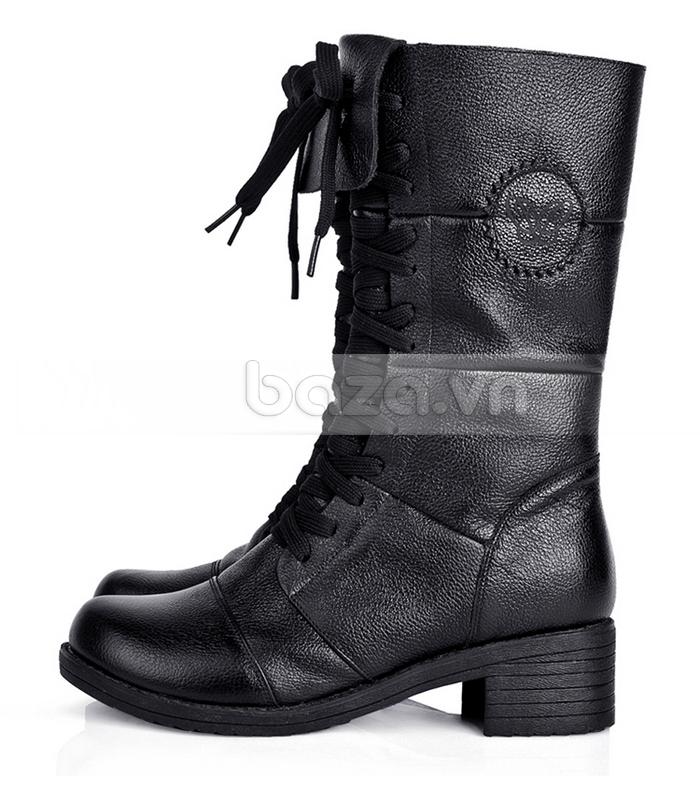 Đôi giày bốt Yiya nhìn theo chiều ngang