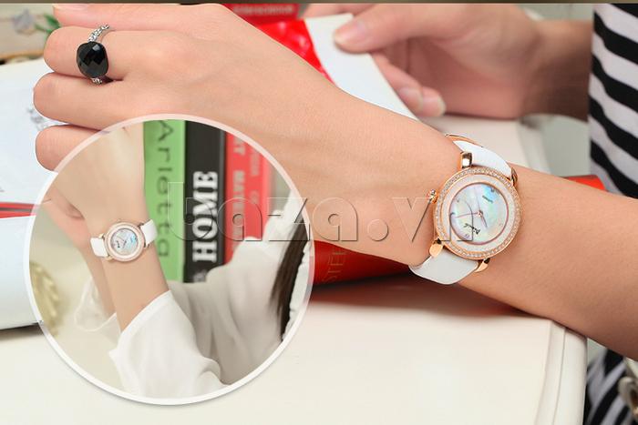 Đồng hồ nữ Pinch L613-P11L kim dạ quang tôn vinh vẻ đẹp cho bạn gái