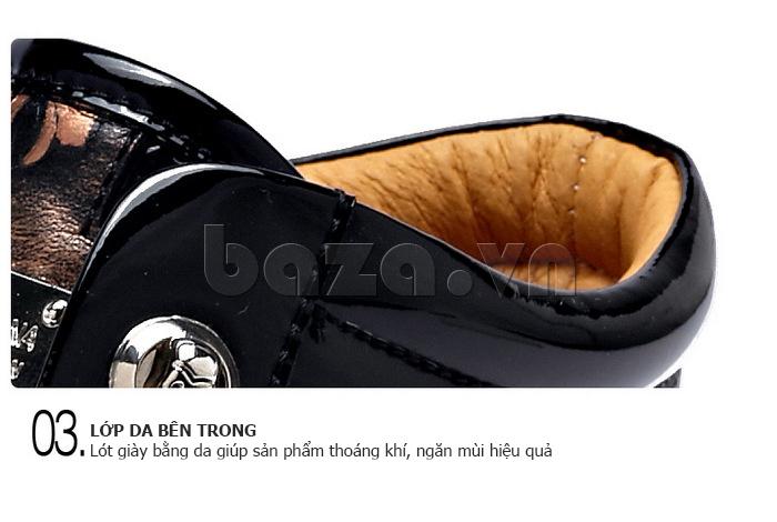 Lót giày bằng da giúp giày nam thoáng khí, ngăn mùi hiệu quả