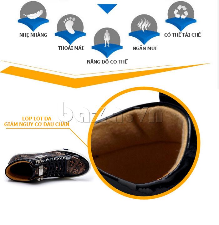 Lớp lót da bên trong giày nam CDD giúp giảm nguy cơ đau chân