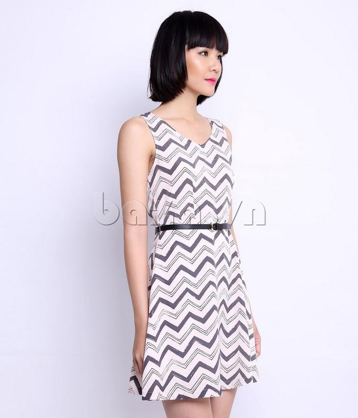Váy đầm nữ cổ chữ V Canifa 6DS15S025