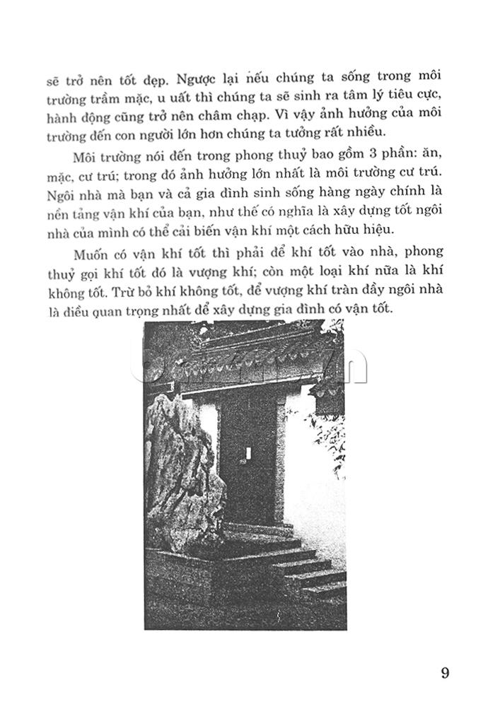 Thiết kế huyền quan, ban công, cửa, cầu thang và đường đi lại theo phong sách nên có