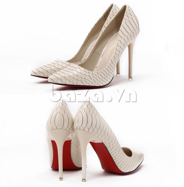 Giày nữ gót nhọn màu trắng sữa KAKANIYA 88-18