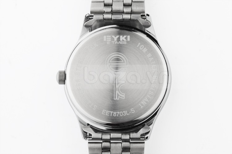 Đồng hồ Eyki EET8703 mặt sau được in rõ thông tin của nhà sản xuất