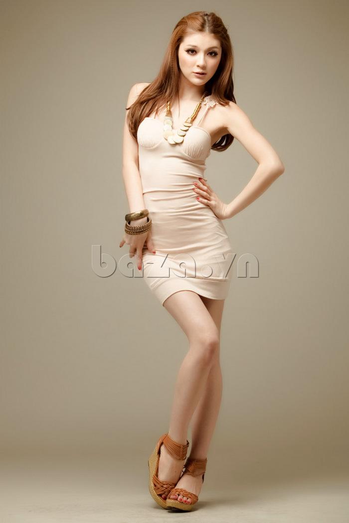 Váy bó sát toàn thân quyến rũ Flower Angel A002 màu trắng tinh khôi