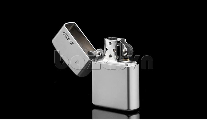 Bật lửa trơn trắng bạc thời trang Zorro Z6003a