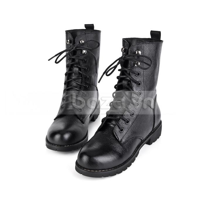 Khẳng định cá tính và phong cách với giày bốt nữ thời trang Yiya dòng combat boots