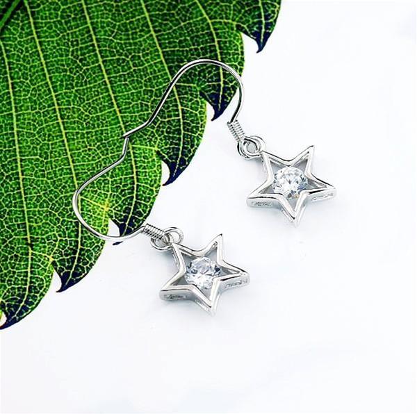 Baza.vn: Hoa tai Ngôi Sao May Mắn ấn tượng thời trang độc đáo