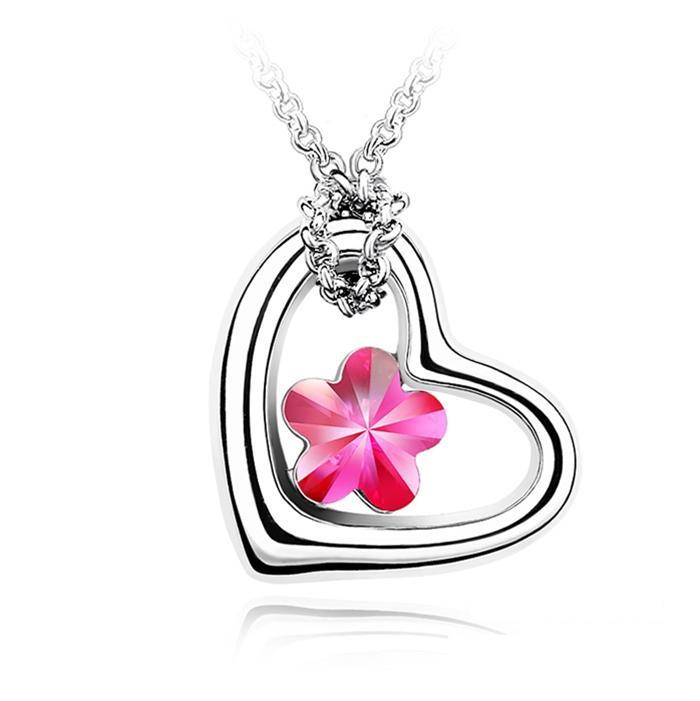 Dây chuyền trái tim mùa xuân xinh đẹp và thời trang