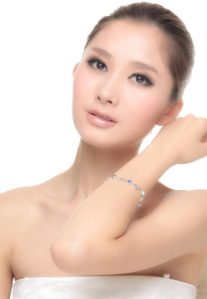 Lắc tay nữ đôi trái yêu thương  tôn vinh vẻ đẹp nữ giới