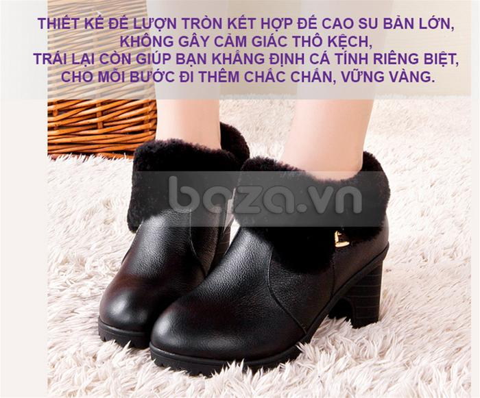 Thiết kế lượn tròn của mũi giày cùng phần đế cao su cứng cáp cho mỗi bước đi thêm vững chắc