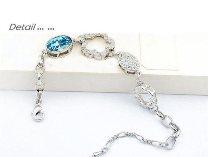 baza.vn: lắc tay nữ hoa mận biên cương màu bạch kim sang trọng, thanh lịch