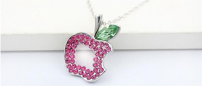 dây chuyền quả táo màu hồng ngọt ngào