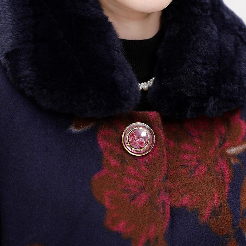 Áo khoác dạ trung niên dáng dài cổ lông in hoa mẫu đơn SMT