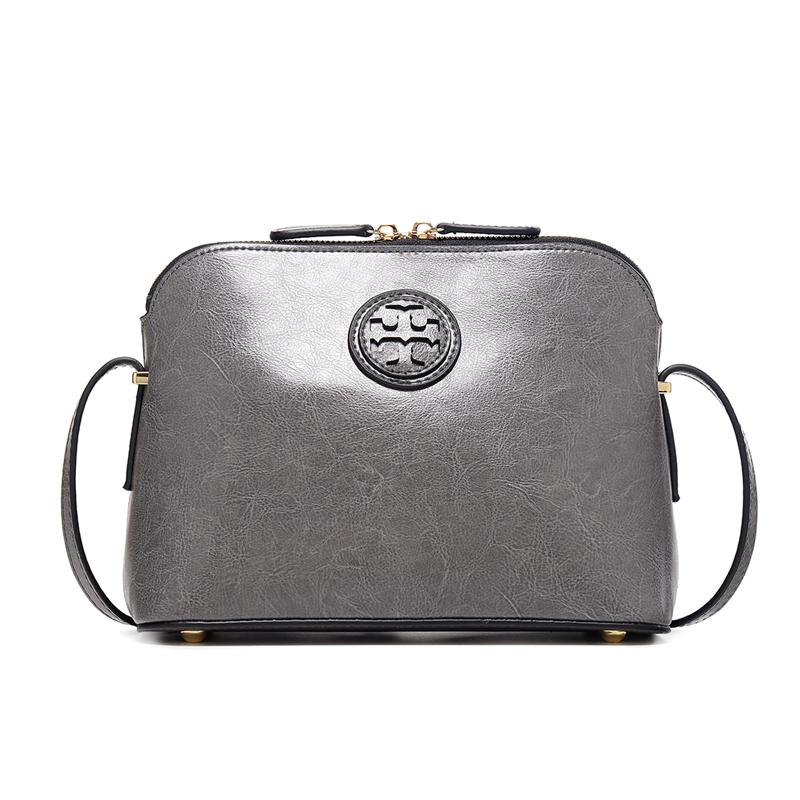 Túi xách Trumpet logo dập nổi Kamicy