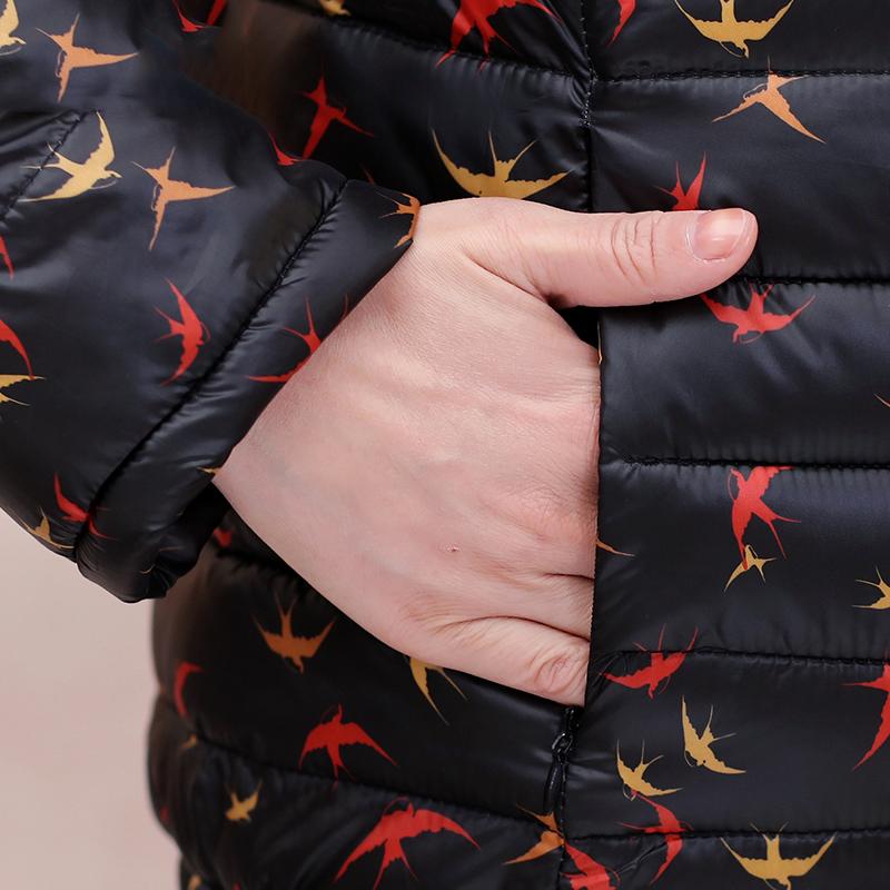 Áo phao nữ dáng ngắn họa tiết chim én SMT