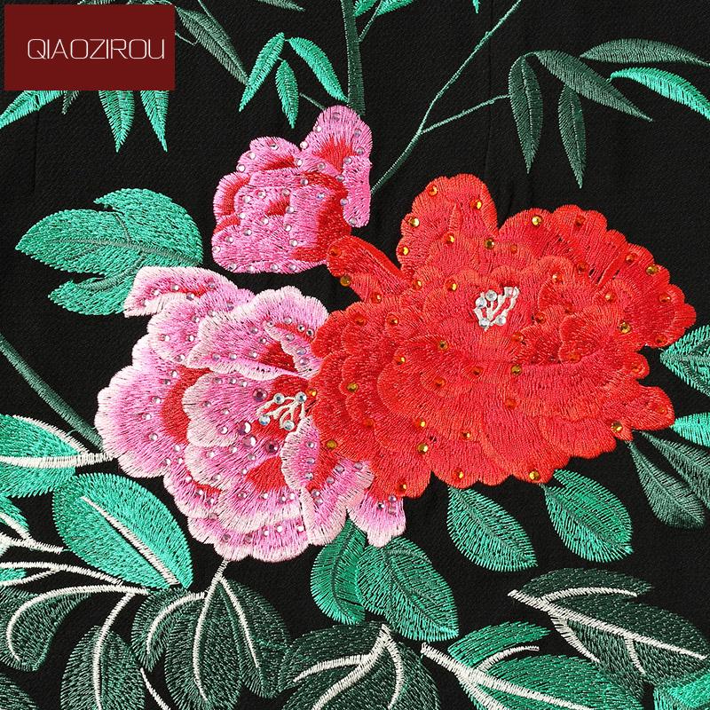 Đầm liền tay lỡ phối voan thêu hoa trà QIZ